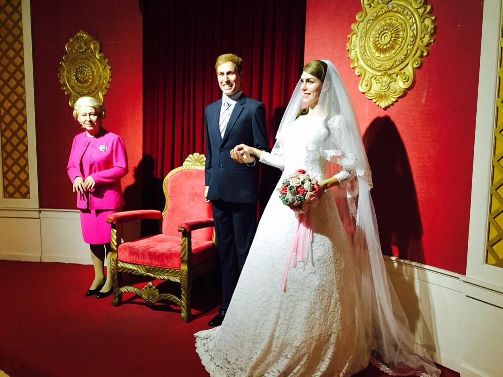 Tượng sáp đám cưới hoàng gia Anh