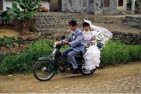 Cho thuê xe đám cưới giá rẻ