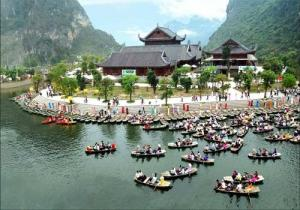 Tour du lịch Hà Nội - Bái Đính - Tràng An - Hạ Long - Yên Tử - Hà Nội - Chùa Hương 5 ngày 4 đêm
