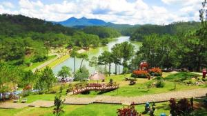 Tour du lịch Đà Lạt 3 ngày 3 đêm (Vườn dâu tây - chùa Ve Chai)