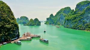 Tour du lịch Hà Nội – Ninh Bình – Hạ Long 5 ngày 4 đêm (Yên Tử – Chùa Hương)
