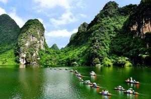 Những điểm tham quan đẹp nhất khi du lịch Ninh Bình Tết
