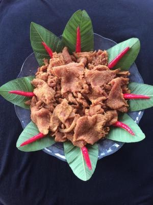 DU lịch tết Nguyên Đán thưởng thức món thịt chua Phú Thọ