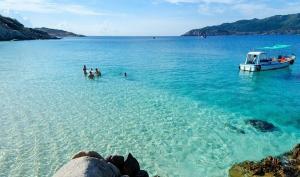 Trải nghiệm 1 ngày du lịch đảo Bình Hưng