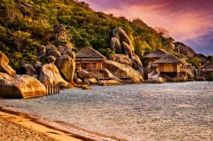 Vịnh Ninh Vân - một góc tĩnh lặng khi du lịch Nha Trang