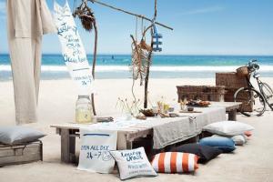 Du lịch ngủ lều ven biển đẹp nhất ở đâu tại Việt Nam?
