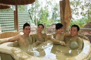 Tour du lịch Nha Trang 3N3Đ: Tháp Bà - Vinpearland