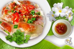Bánh bột lọc Huế nhân tôm thịt rim - món ăn đậm chất miền Trung