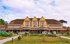 Khám phá kiến trúc độc đáo của nhà Ga cổ nhất Việt Nam
