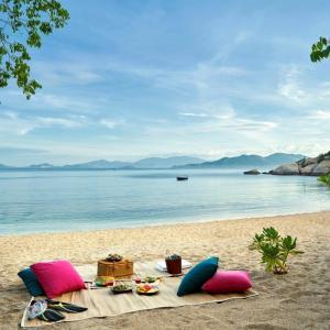 Vịnh Ninh Vân - một chốn tĩnh lặng của Nha Trang