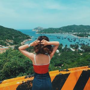 Tour du lịch Ninh Chữ 3 ngày 3 đêm: Đảo Bình Hưng - Hang Rái - vịnh Vĩnh Hy