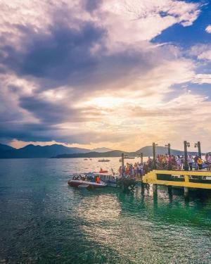 Tour du lịch Nha Trang: Hòn Tằm - Vinpearl Land