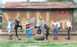 Tour du lịch Đà Lạt: Đường Hầm Đất Sét