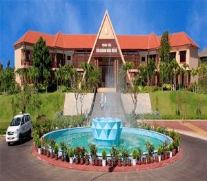 Tour du lịch Phan Thiết Mũi Né: Tắm Bùn Khoáng - Lâu Đài Rượu Vang