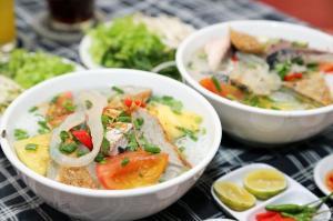 Vị ngon bất tận của tô bún chả cá Nha Trang