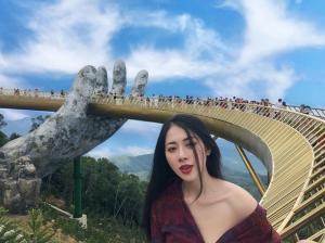Bấn loạt trước vẻ đẹp kì vĩ của cây cầu vàng với bàn tay khổng lồ đang gây sốt tại Đà Nẵng