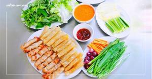 Nem Nướng Bà Hùng - món ăn đặc trưng của Đà Lạt