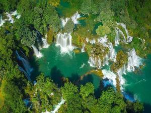 Giãi mã sức hấp dẫn của 5 thác nước đẹp nhất Việt Nam